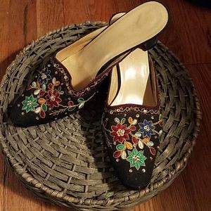 Beaded embroidered black mules heels